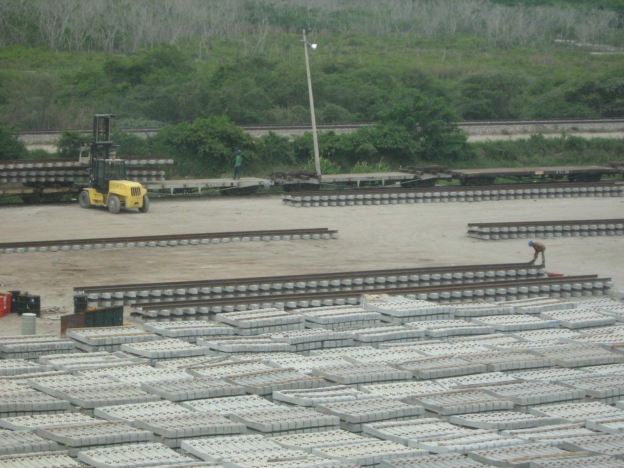 traviesas o durmientes para vías férreas